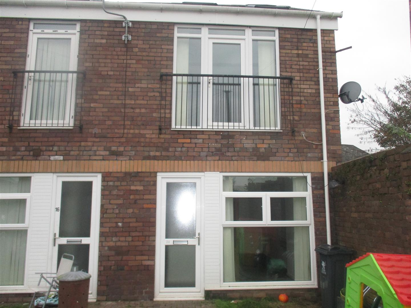 1 Bedroom End Of Terrace House for sale in Fern Street, Victoria Park, Cardiff